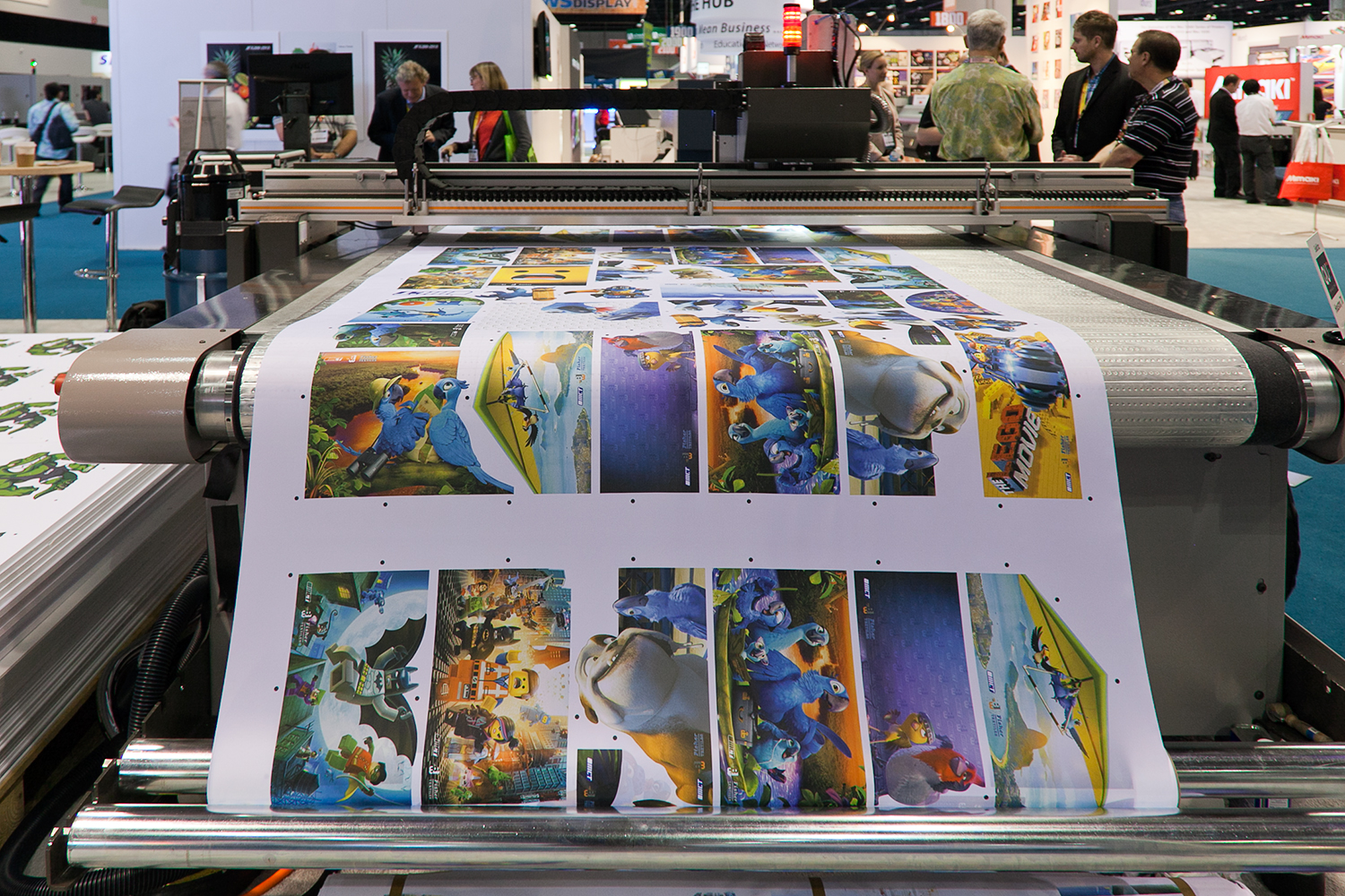 Large_format_digital_printer